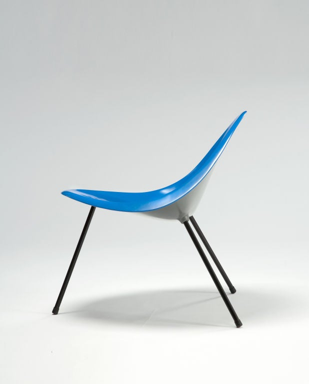 Tripod Chair Designed by Poul Kjaerholm, Denmark, 1953 In Excellent Condition For Sale In New York, NY