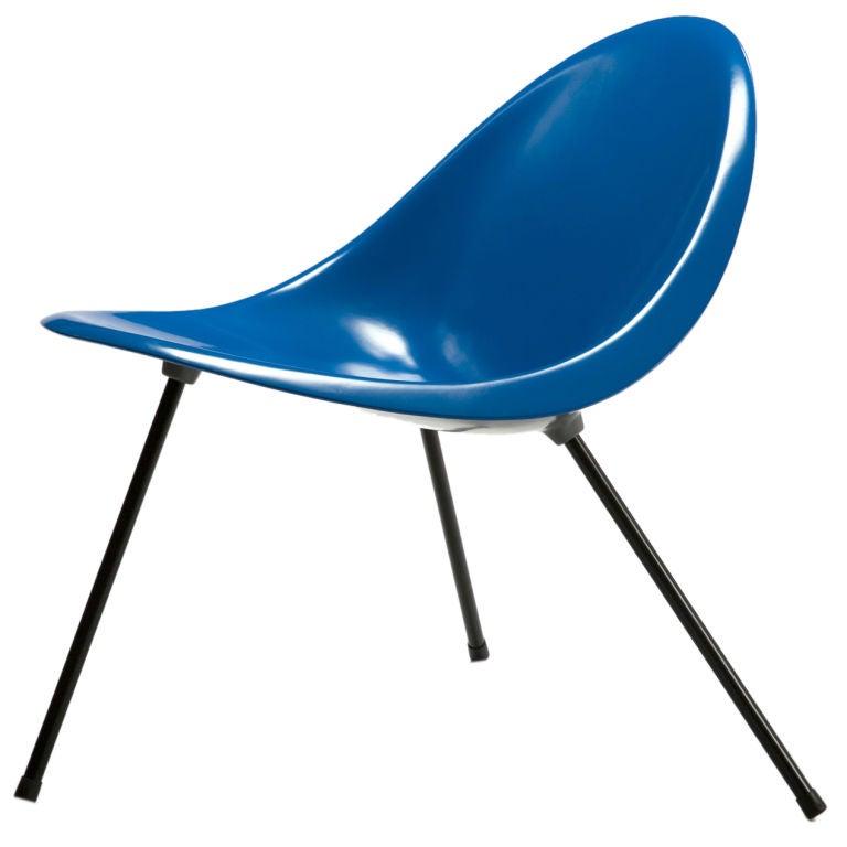 Tripod Chair Designed by Poul Kjaerholm, Denmark, 1953 For Sale