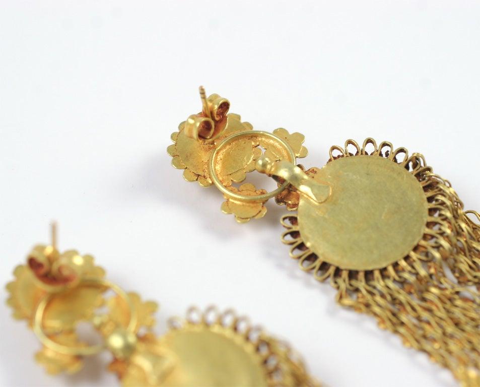 18kt Yellow Gold Flower Earrings 8