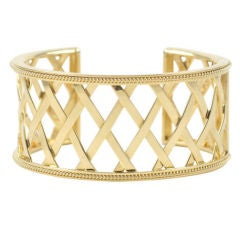 18kt Lattice Cuff Bracelet with hinge