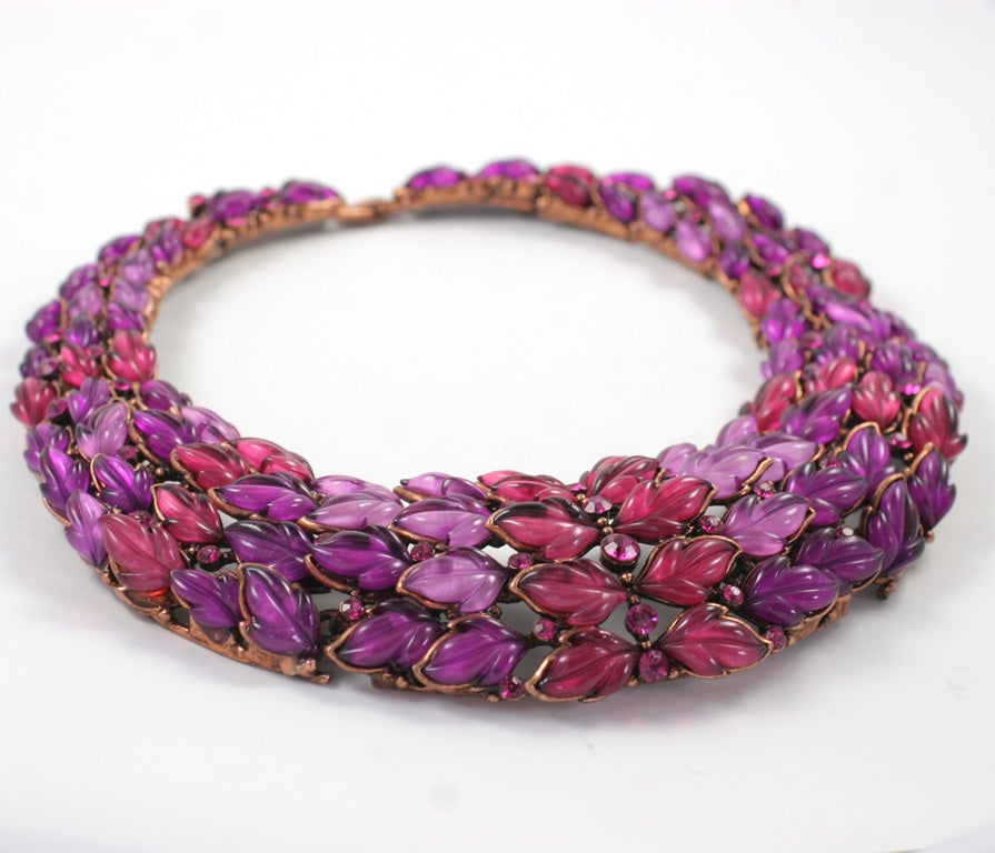 Spectacular Thermoset Collar Necklace 2