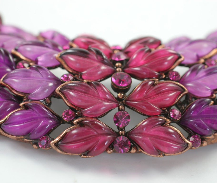 Spectacular Thermoset Collar Necklace 3