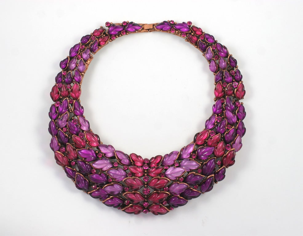 Spectacular Thermoset Collar Necklace 9