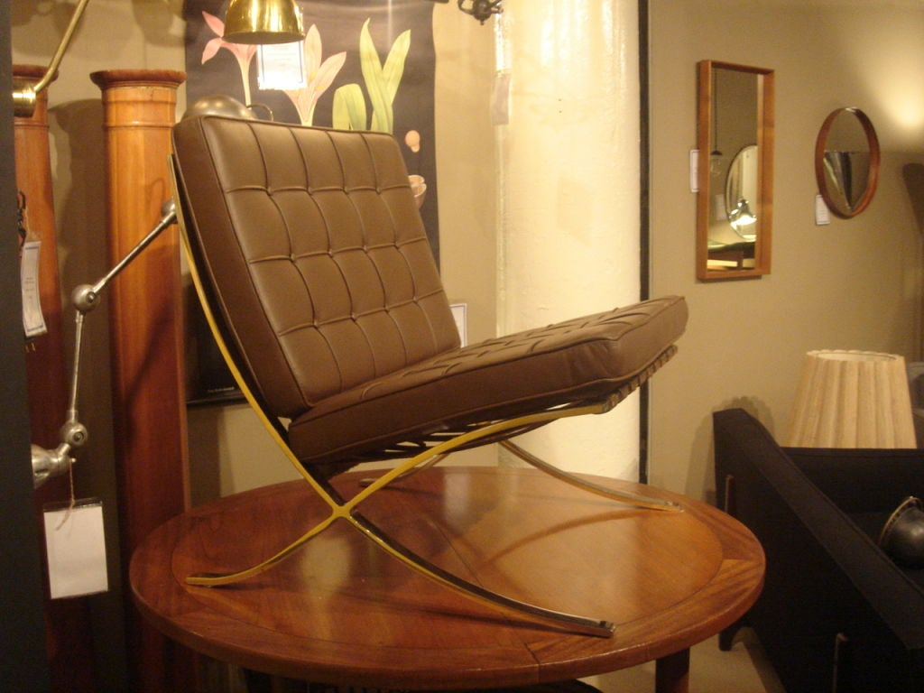 Pair of Vintage Knoll Barcelona Chairs in New Brown Leather image 2