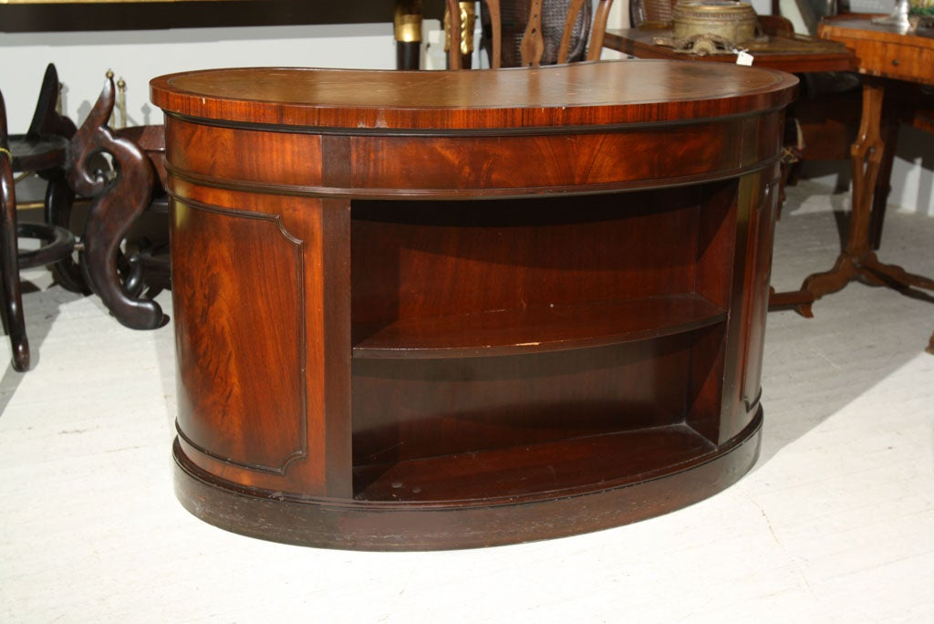 Mahogany kidney shaped desk at 1stdibs - Kidney shaped office desk ...