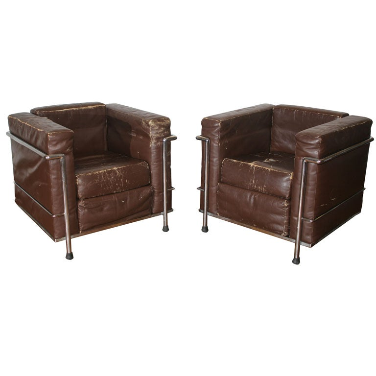 Cassina, Le Corbusier LC2 Pair of Chairs in distressed Leather, at ...