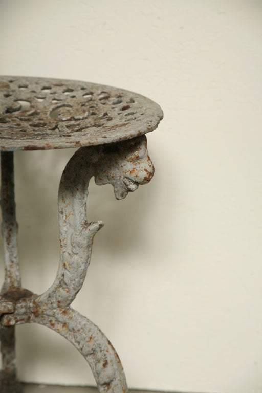 Suite of Grey Painted Cast Iron Table and Four Tabourets In Good Condition For Sale In Washington, DC