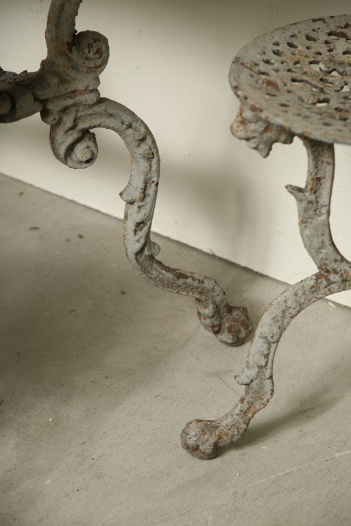 Suite of Grey Painted Cast Iron Table and Four Tabourets For Sale 4