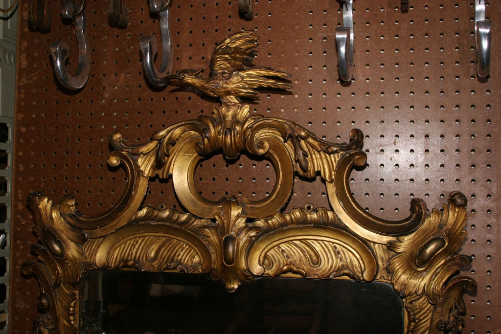 British 18th Century Carved Chinoiserie-Style Wall Mirror For Sale