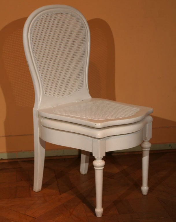 Painted chaise perc e commode chair circa 1900 at 1stdibs for Chaise percee