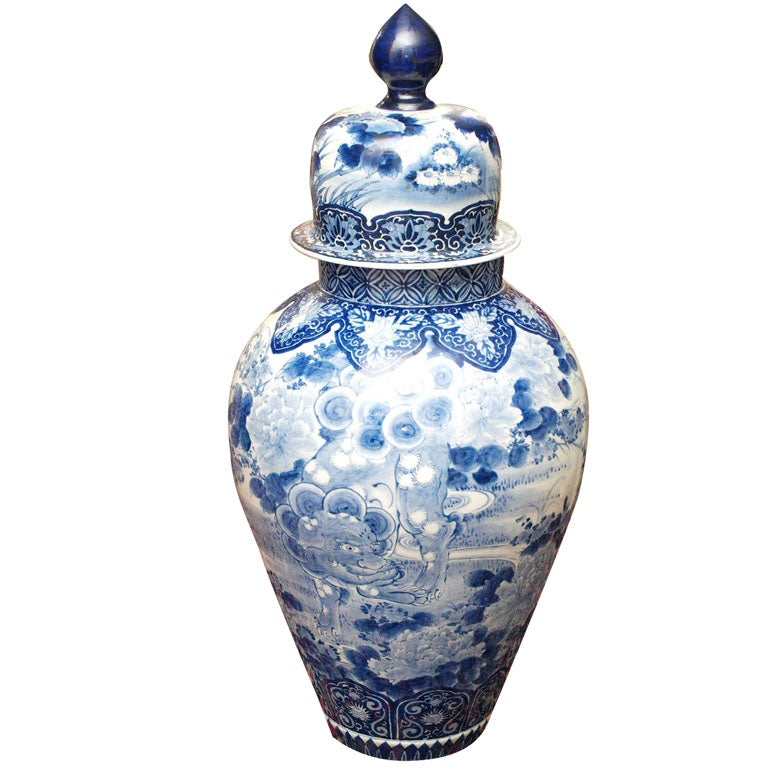 MONUMENTAL BLUE AND WHITE JAPANESE LIDDED JAR For Sale