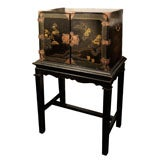 Mid-19th Century Chinoiserie Black Lacquer Cabinet