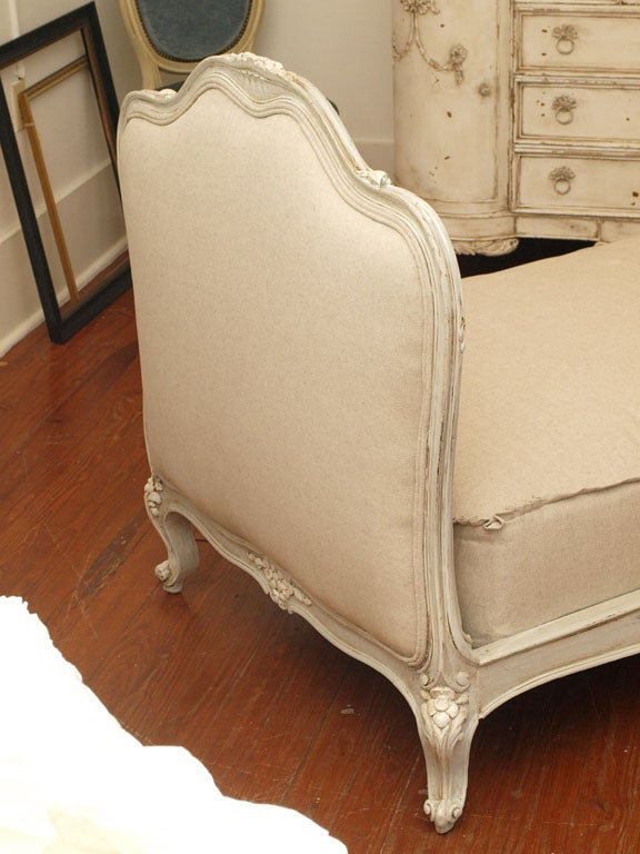 19th c. French Daybed with Belgian Linen image 3
