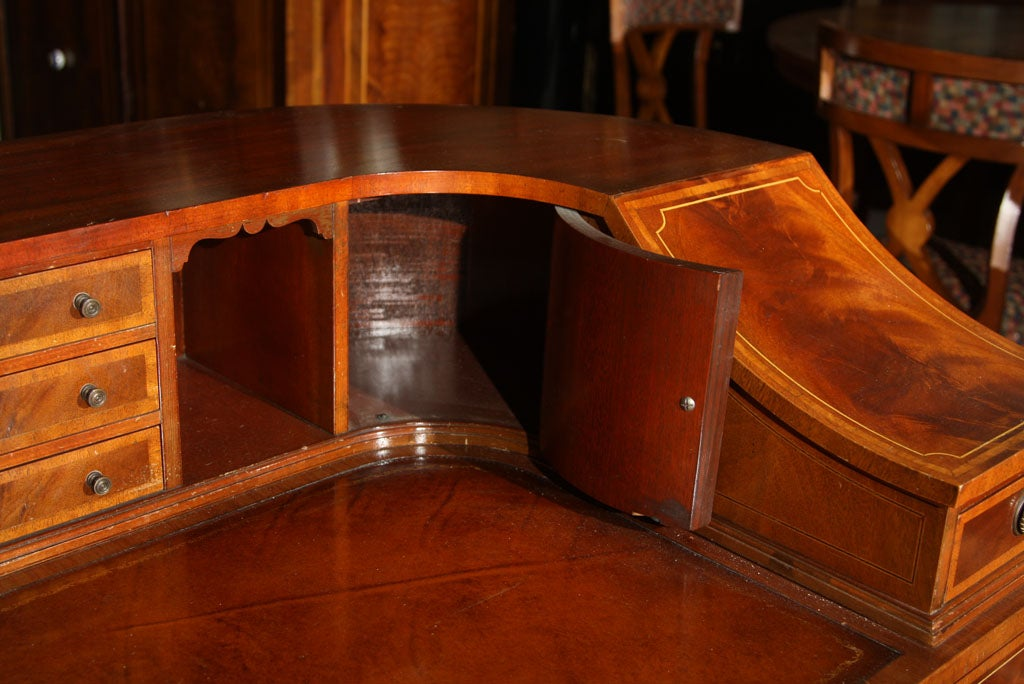 Wood Mahogany Carlton House Banded Desk
