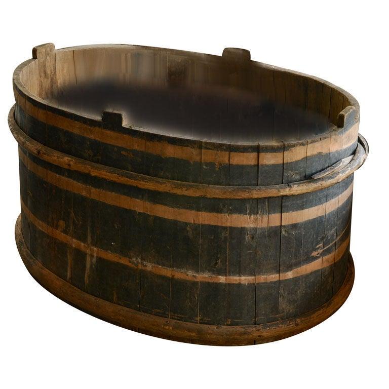 Huge wooden welsh tub at 1stdibs for Waterworks copper tub