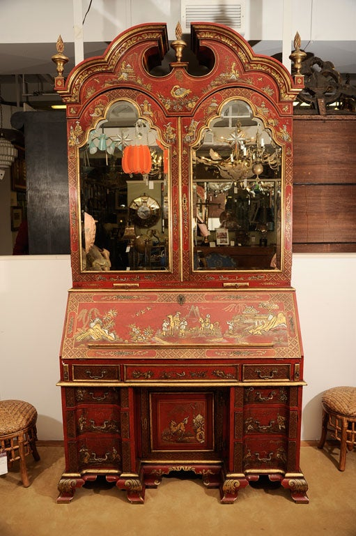 Early 20th Century English Chinoiserie Secretaire For Sale 7
