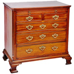 Georgian Commodes and Chests of Drawers
