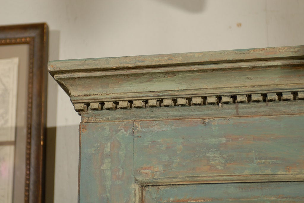 18th Century and Earlier Swedish 18th Century Late Gustavian Cabinet with Original Paint For Sale