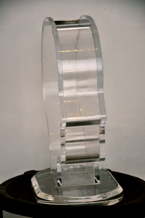 Plexiglass Vase / Fish Tank by Nicola L. 1