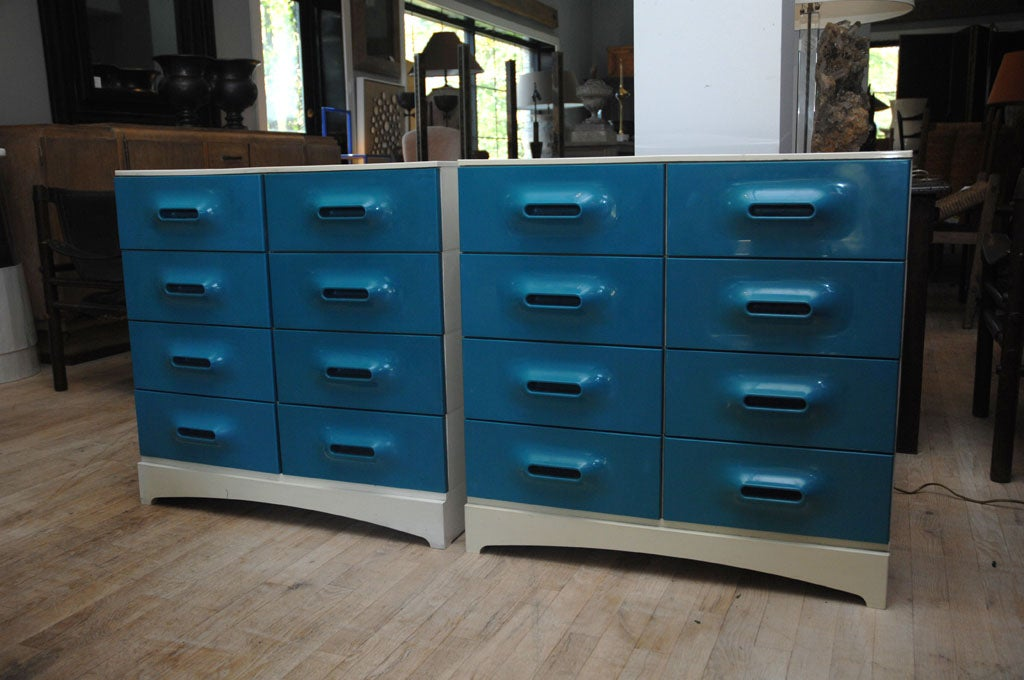 A Pair of Chest of Drawers image 3