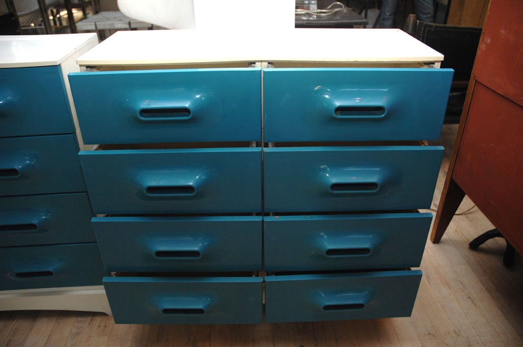 A Pair of Chest of Drawers image 4
