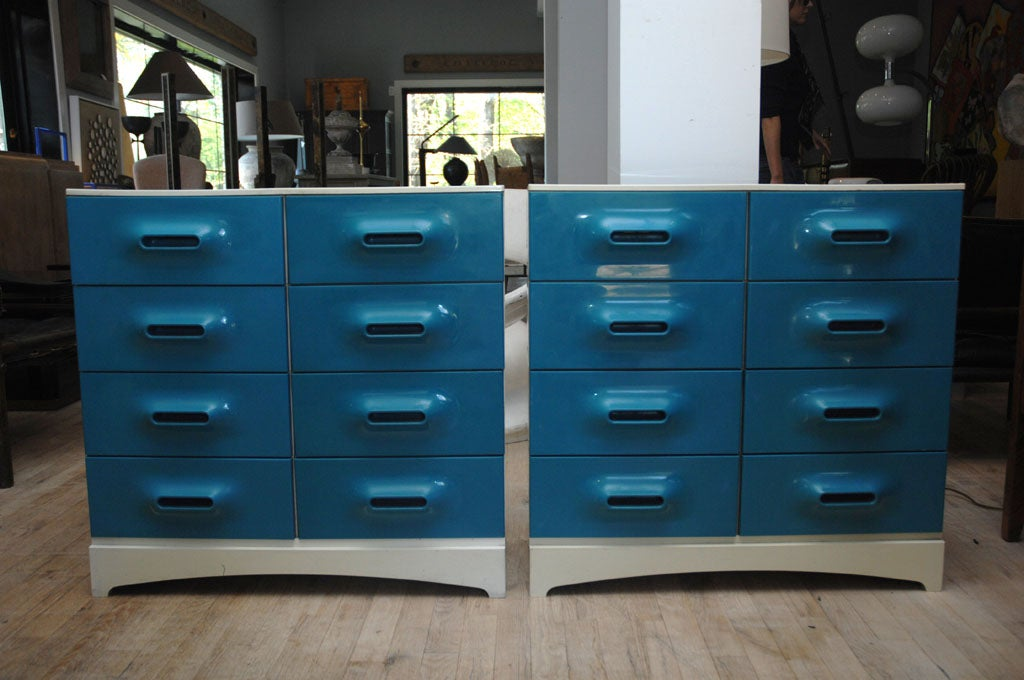 A Pair of Chest of Drawers image 2