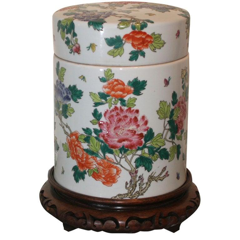 Urn Famille Rose 19th Century China