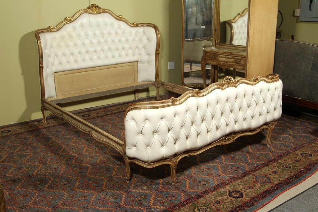 Golden Leather Bed : Stamped Jansen White Leather Tufted Bed Frame - Gold Leaf at 1stdibs