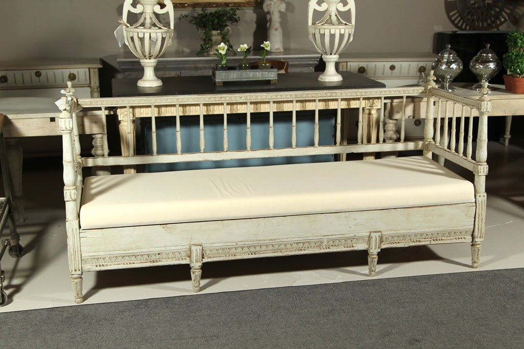 19th century gustavian style swedish day bed at 1stdibs for Beds 185cm long