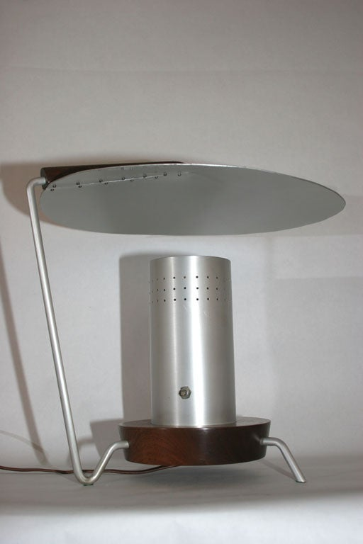 Futurist Articulated Table Lamp 5