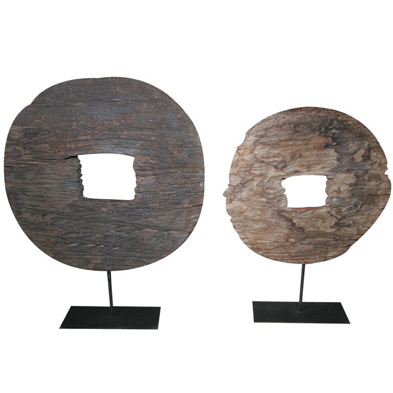 Wood Cart Wheel Scupture