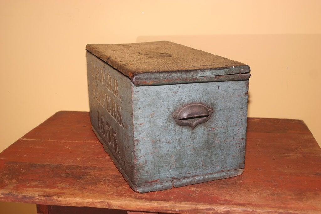 Lidded Wood Box in Original Paint For Sale 1