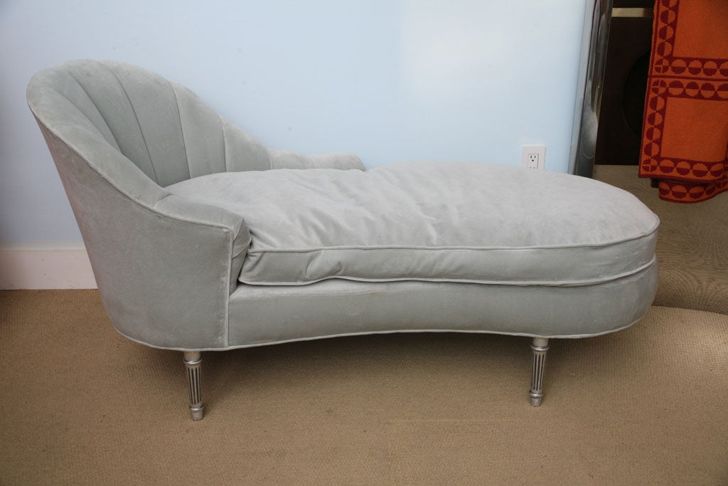 1940s glamourous hollywood regency chaise lounge at 1stdibs for Art nouveau chaise lounge