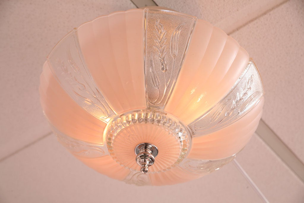 Mid-20th Century French Deco Chandelier Pink Engraved, Restored For Sale