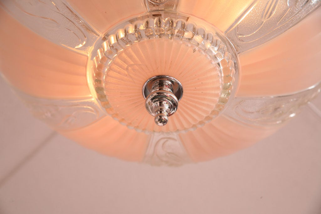 French Deco Chandelier Pink Engraved, Restored For Sale 1