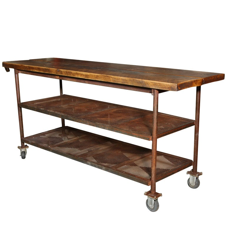 Industrial table on wheels at 1stdibs for Table 85 hours