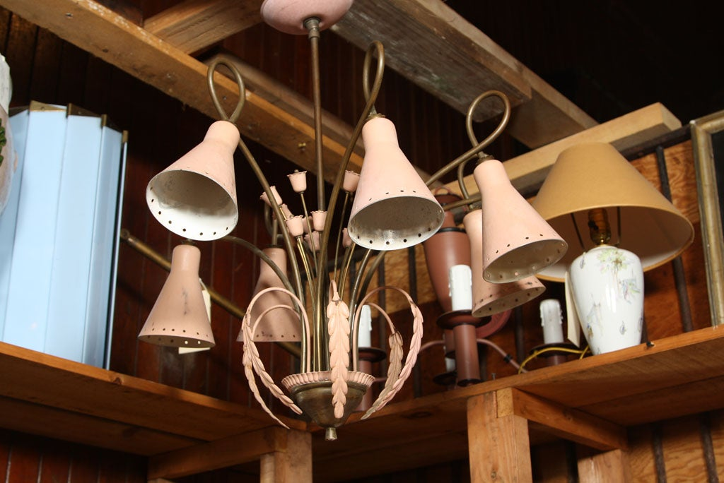 Mid-Century Modern Brass and Pink Painted Metal Chandelier For Sale 1