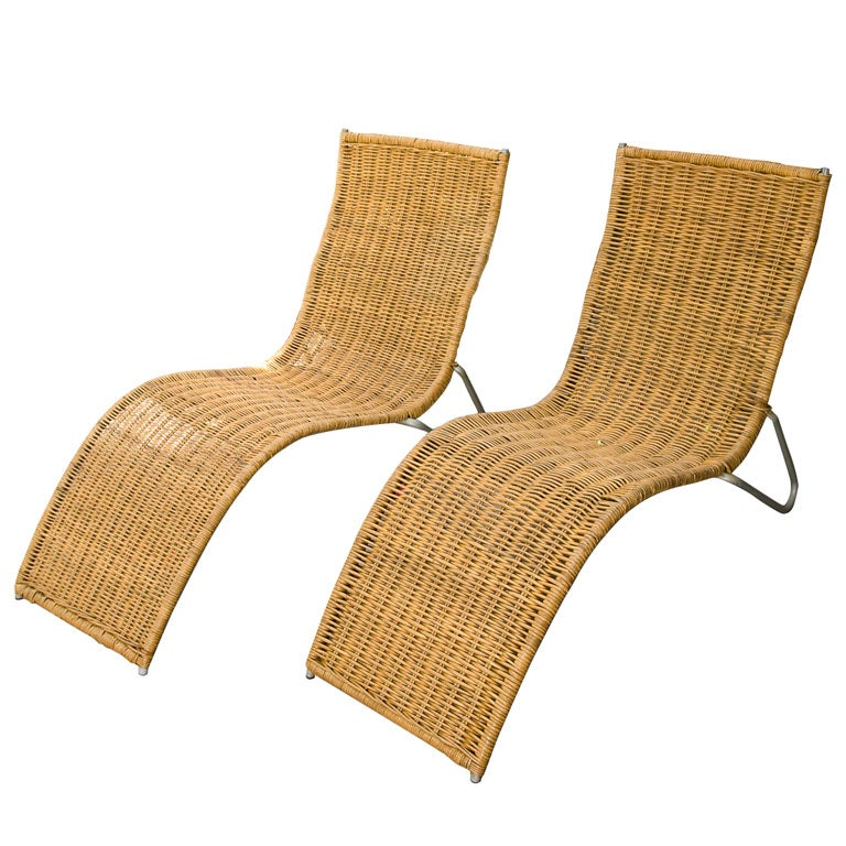 Vintage wicker chaises at 1stdibs for Antique wicker chaise