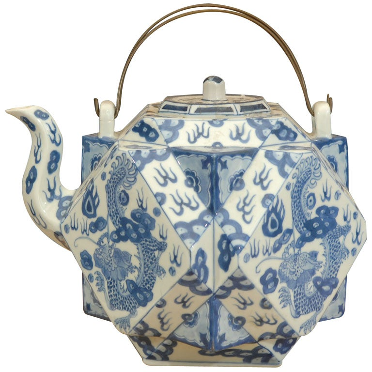 18th Century Cantonese Tea Pot At 1stdibs