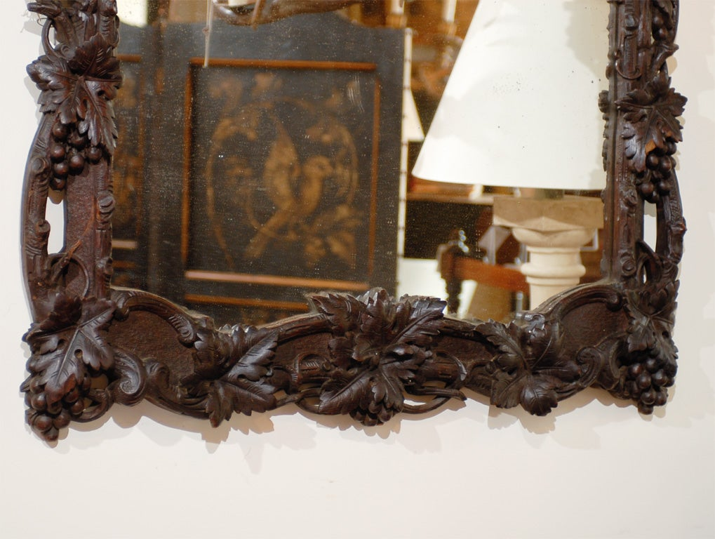 Large German Black Forest Carved Mirror with Bird Motif from the 19th Century In Good Condition For Sale In Atlanta, GA