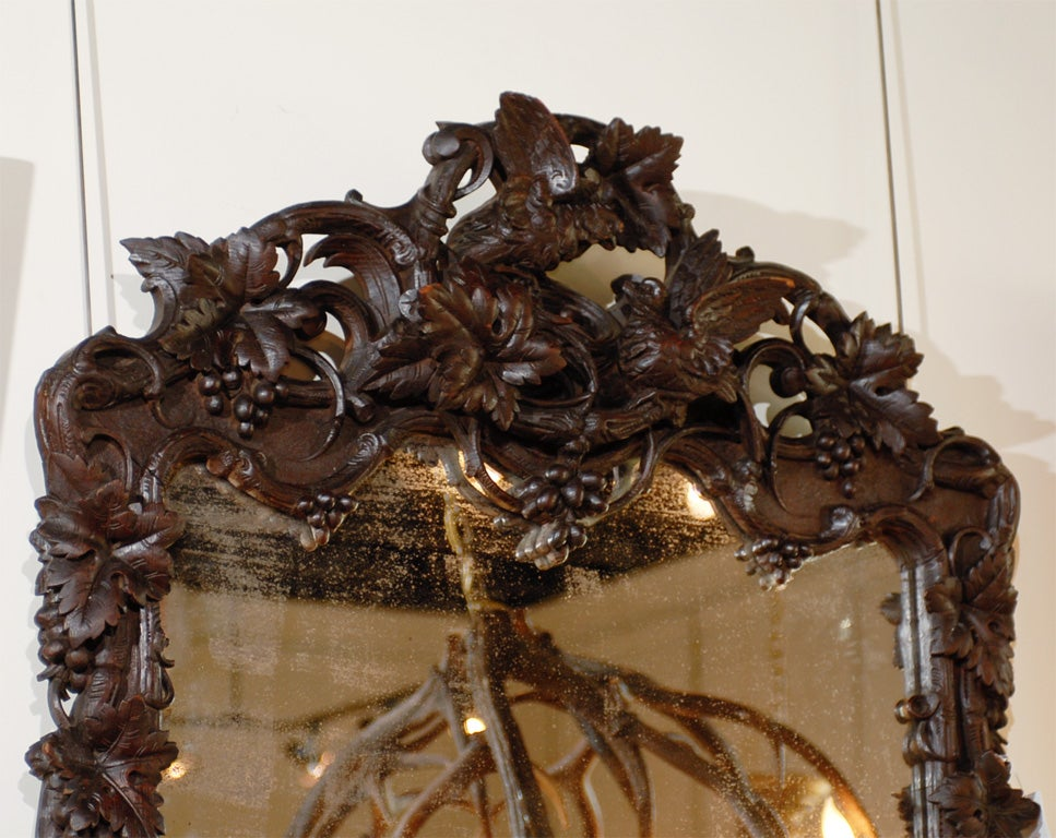 Large German Black Forest Carved Mirror with Bird Motif from the 19th Century For Sale 1