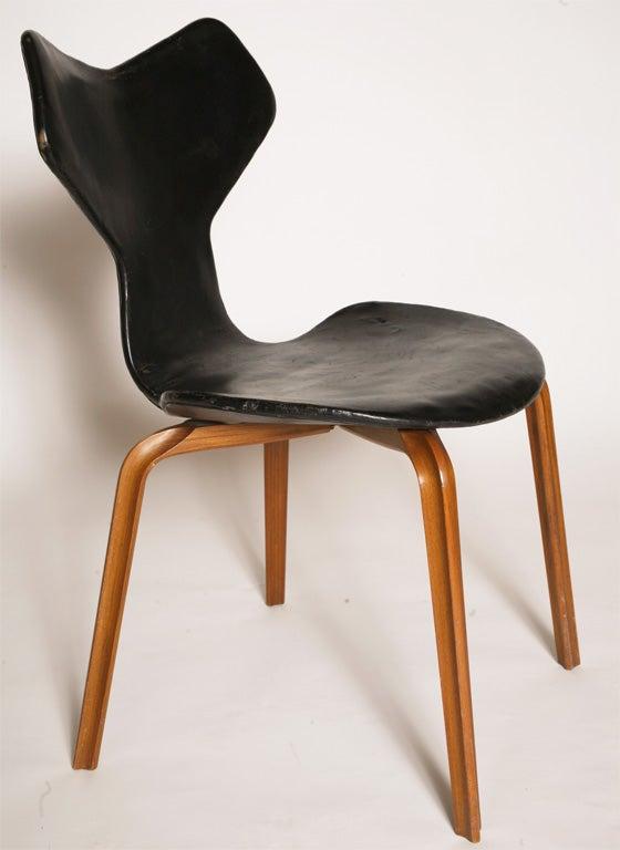 arne jacobsen grand prix chair at 1stdibs. Black Bedroom Furniture Sets. Home Design Ideas