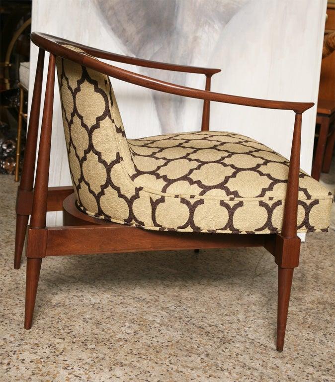 Pair of 60's Horseshoe Club Chairs 1