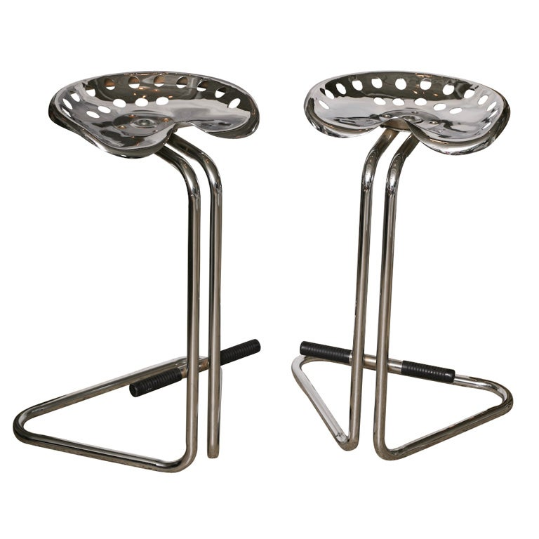 Pair Of Chrome Tractor Seat Bar Stools At 1stdibs