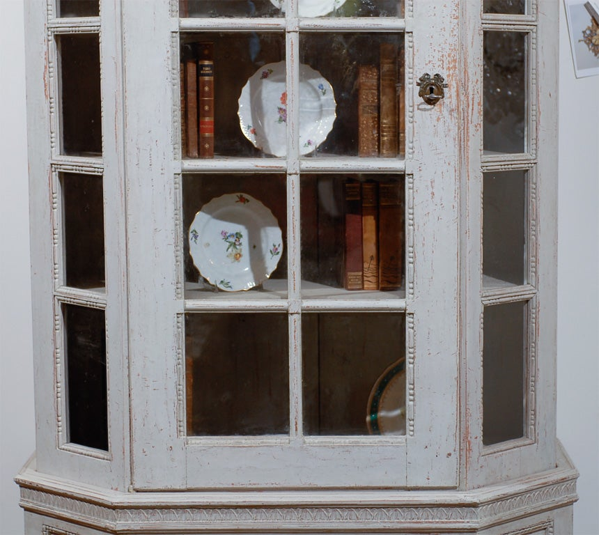 Painted Mid 19th Century Vitrine Bookcase -Two Pieces In Excellent Condition For Sale In Atlanta, GA