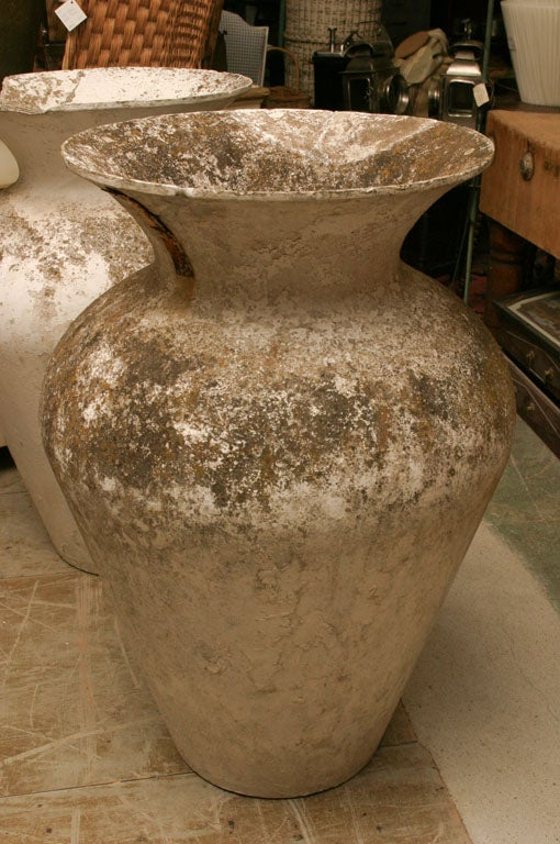 Pair of highly decorative French Urns<br /> <br /> Keywords:  Jardinere, planter