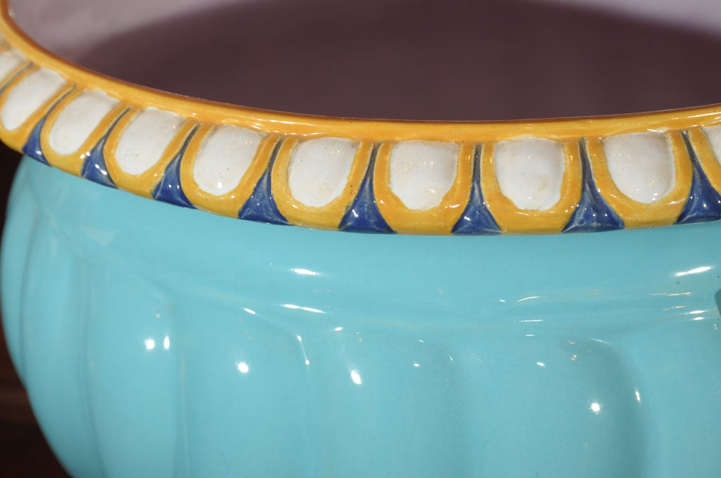 Majolica Pot with Ram's Heads by Minton In Excellent Condition For Sale In Austin, TX