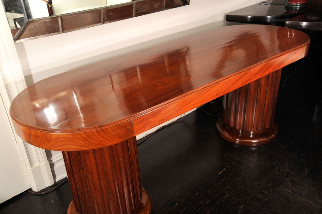 Early 20th Century Mahogany Oval Centre Table For Sale 1