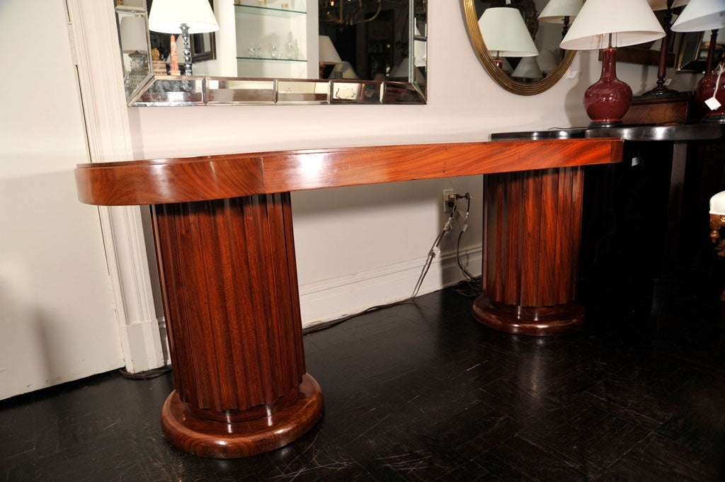 Early 20th Century Mahogany Oval Centre Table For Sale 3