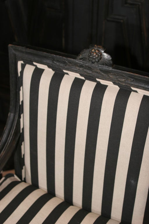 Armchair Swedish Gustavian 19th century Sweden In Good Condition For Sale In New York, NY